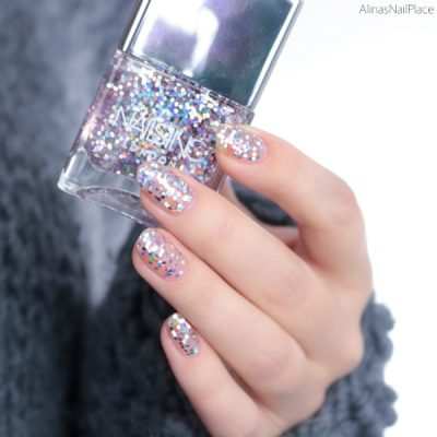 nails2 400x400 - Nails Inc. Sparkle Baby Collection - On the Naughty List