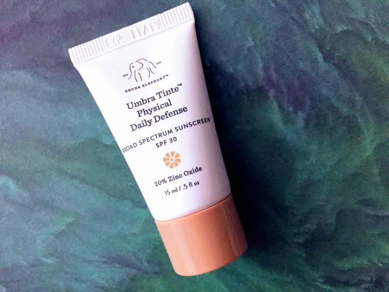 drunk elephant umbra tinte sunscreen review 800x600 - Drunk Elephant Sunscreen -Umbra Tinte SPF 30 (15ml)