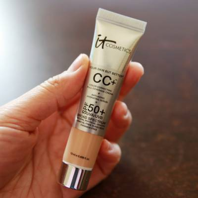 it cosmetics cc cream 2 400x400 - IT Cosmetics CC+ Cream -  SPF 50 (12ml) Tint variations
