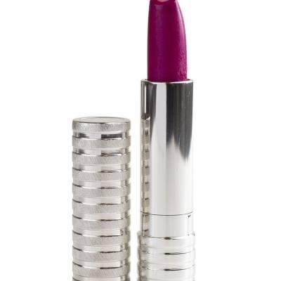 clinique lipstick dramatically different strut 400x400 - Clinique Dramatically Different™ Lipstick - Strut