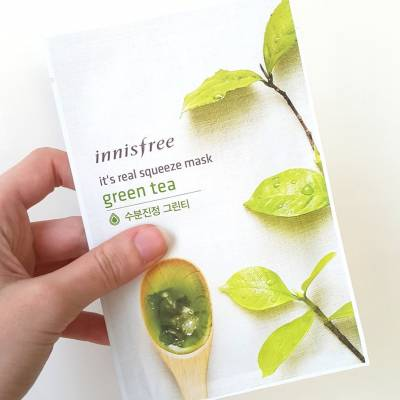 innisfree sheet mask green tea 400x400 - Innisfree Sheet Mask It's Real Squeeze - Green Tea