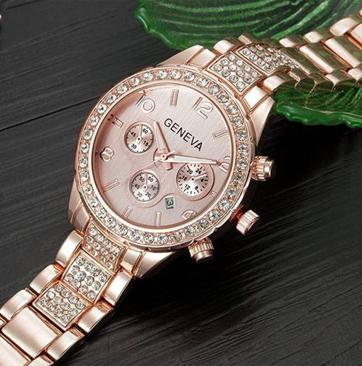 Luxury Rose Gold Stainless steel watch in Pakistan